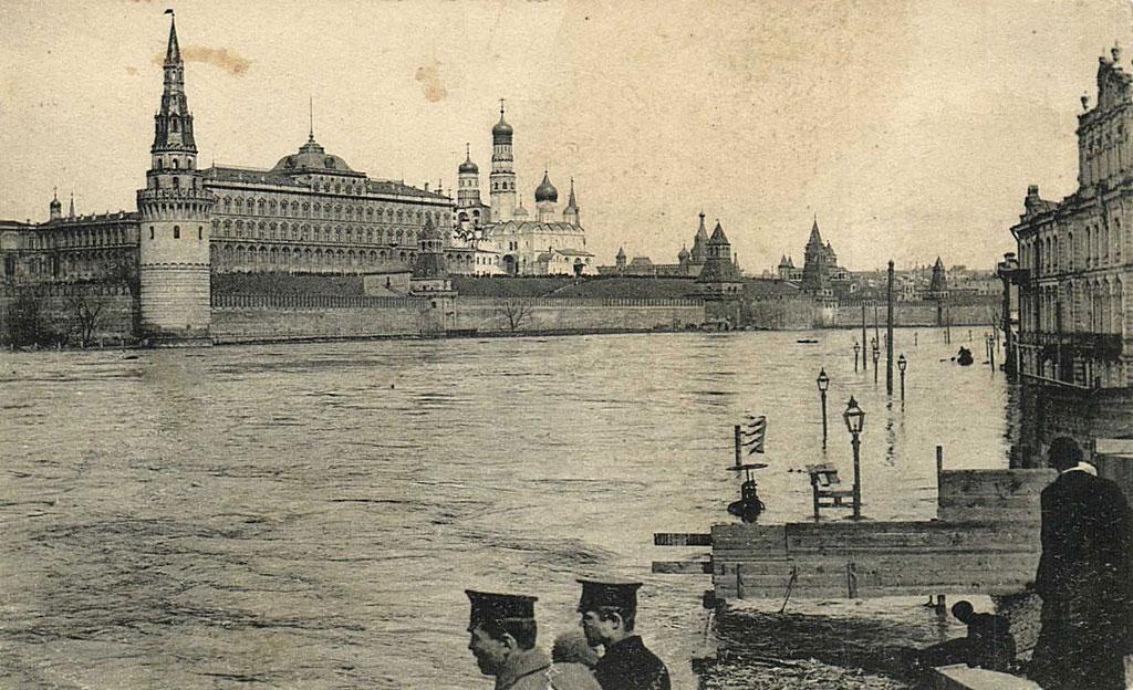 Наводнение 11 апреля 1908 г. в Москве Москворецкий мост